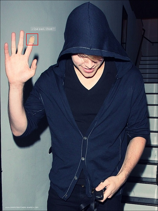 . 1 Septembre 2011 : Notre beau Chord était au  Nine Zero One Salon à West Holywood. Hey, Chord, do not hide !!    .