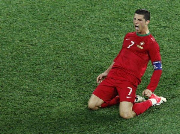 Cristiano Ronaldo touché au genou, le Portugal s'inquiète