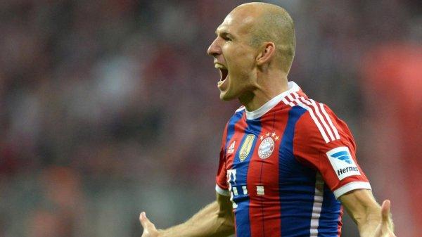 Le Bayern commence par un succès contre Wolfsburg (2-1)
