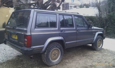 Jeep cherokee 2.1l TD AN 90 150000kms limited VENDU EN L ETAT