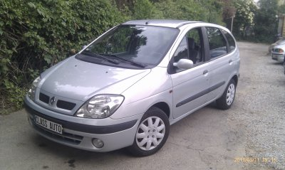 TRES BEAU RENAULT SCENIC 1 PHASE 2 AN 11/2000 174000KMS EXPRESSION (VENDU LE 20/07/2011)