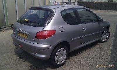 Peugeot 206 1.9l d 135000kms AN 07/2001 pack clim ( VENDU LE 10/06/2011)