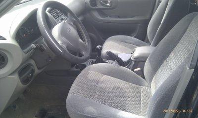 HYUNDAI SANTA FEE 2L CRDI 4WD PACK CONFORT AN 2002 115000KMS    (VENDU LE 14/09/2011)