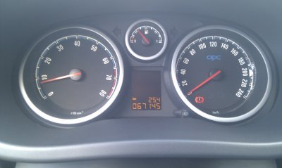 Opel corsa OPC 1.6l turbo 192cv AN 06/2007 65000KMS EN SUPERBE ETAT GENERAL (VENDU LE 12/09/2011)