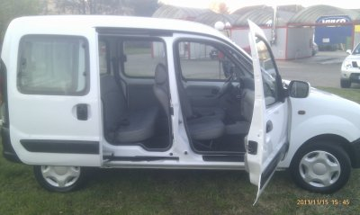 renault kangoo 1 2l essence 5 places an 08 2002 70000kms d. Black Bedroom Furniture Sets. Home Design Ideas