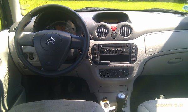 Citroen c3 1.4l  SX essence 5cv et 75cv din 70000kms 5 portes clim (VENDU LE 24/05/2012)