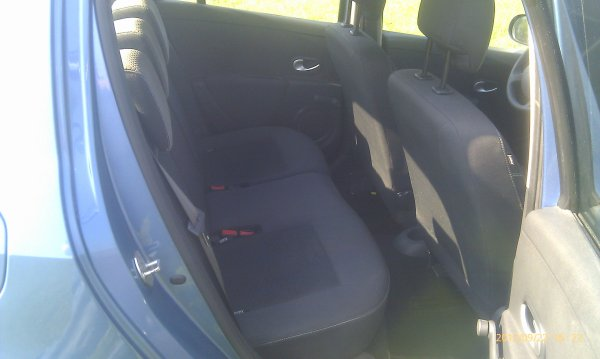 SUPERBE Clio 3 PHASE 2 1.5l dci 70cv an 06/2010 48000km expression (VENDU LE 27/11/2012)
