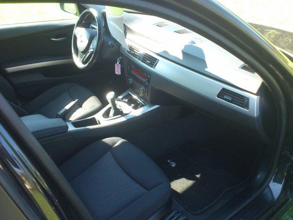SUPERBE BMW 320D E90 163CV CONFORT AN 06/2007 68000KMS D ORIGINE ( VENDU LE 18/11/2012)