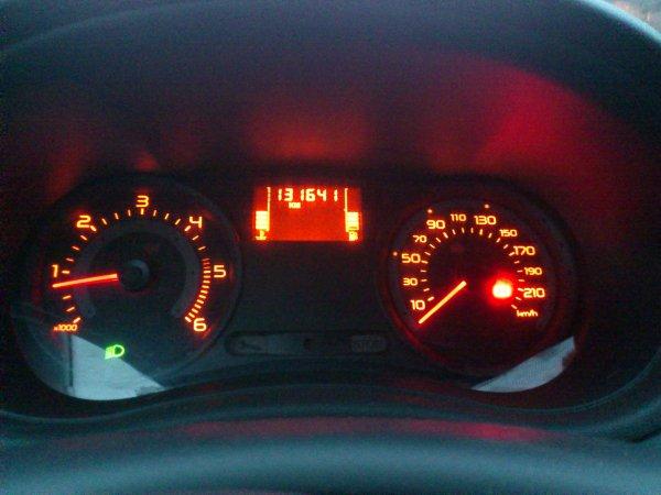 RENAULT CLIO III 1.5L DCI EXPRESSION 5 PLACES 3 PORTES AN 08/2006 130000KMS (VENDU LE 04/12/2012)
