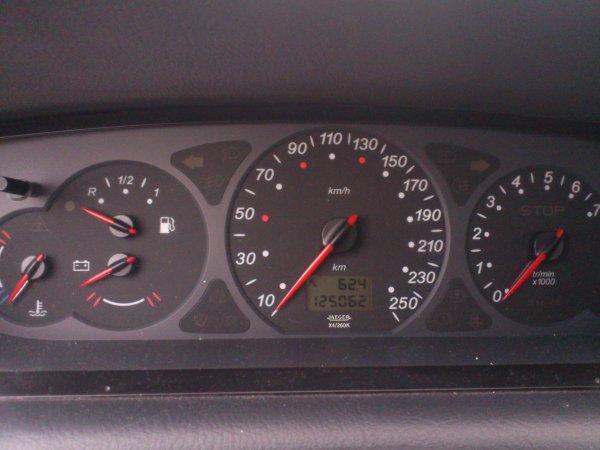 SUPERBE CITROËN C5 2L HDI 110CV SX 125000KMS TOUTE RÉVISÉE (VENDU LE 16/12/2012)