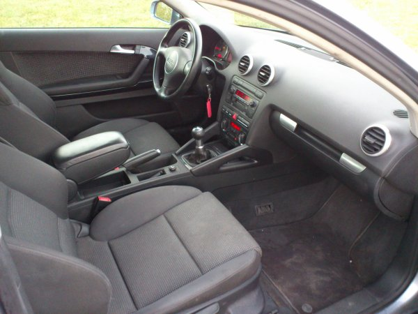 superbe audi a3 2l tdi 140cv ambition an 10 2003 190000kms toutes r vis e vendu le 31 01 2013. Black Bedroom Furniture Sets. Home Design Ideas