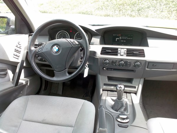 bmw 530d 218cv an 07 2005 120000kms d origine pack confort vendu le 10 08 2013 class auto 69. Black Bedroom Furniture Sets. Home Design Ideas