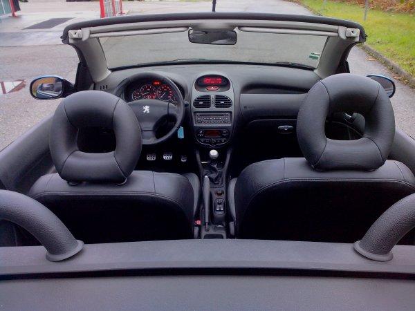Peugeot 206 cc sport pack an 06/2003 130000kms (VENDU LE 30/11/2013)