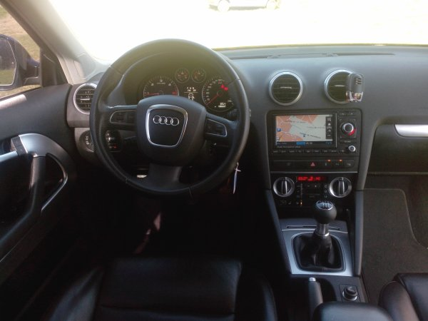 audi a3 2l tdi 140cv ambition luxe facelift an 07 2008 136500kms vendu le 29 03 2014 class. Black Bedroom Furniture Sets. Home Design Ideas