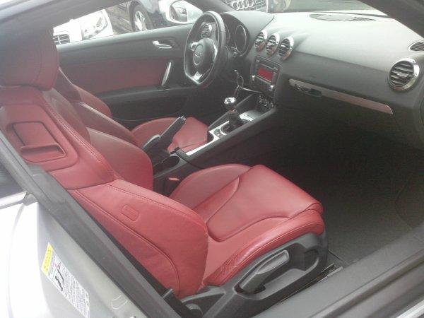 Audi TT 2l TFSI 200CV AN 10/2007 48000kms ETAT NEUF (VENDU LE 08/09/2014)