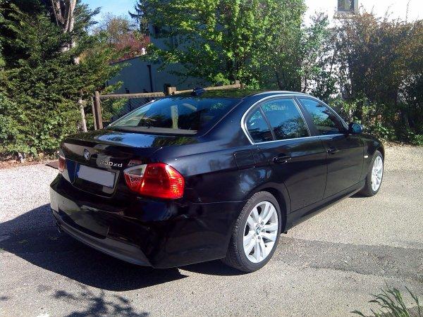 BMW 330XD E90 pack M Aero 231CV 146000kms 231cv 5 portes FULL OPTS (VENDU)
