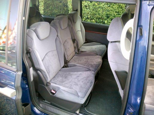 Citroën C8 2l hdi 110CV 7 places 7 sièges AN 04/2006 TRES BON ETAT GENERAL (VENDU LE 12/05/2016)