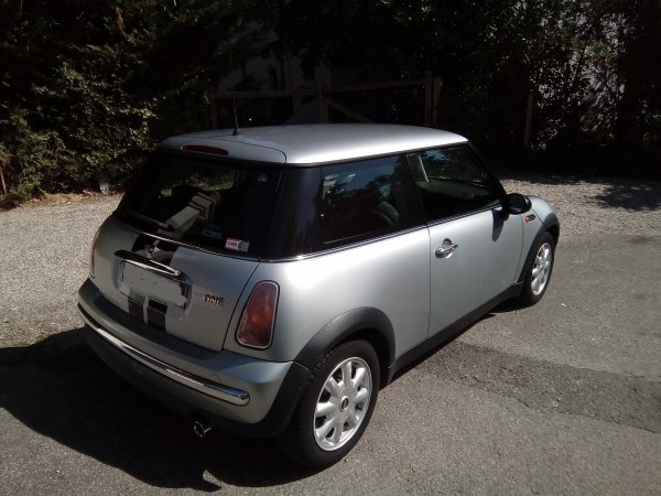 TRES BELLE MINI ONE PACK 1.6L 90CV AN 03/2004 125000KMS (VENDU LE 04/11/2016)