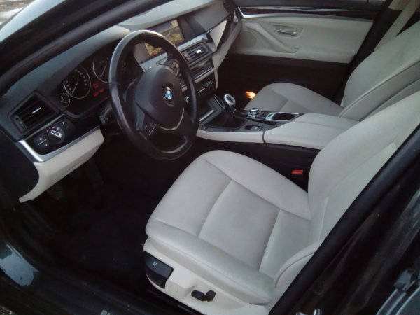 MAGNIFIQUE BMW SERIE 5 F10 525D 204 LUXE 11/2010 129000Kms (EN STOCK)