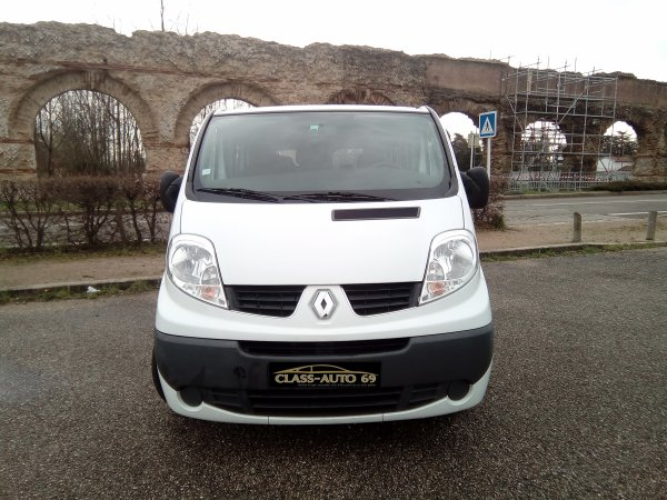 RENAULT TRAFIC 9 PLACES PASSENGER L1H1 AN 12/2009 44000KMS 1ER MAIN EXPRESSION (VENDUE LE 18/04/2017)
