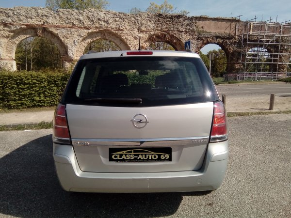 OPEL ZAFIRA B 7 PLACES 1.9L CDTI 100CV FAP ENJOY AN 10/2007 AVEC 190000KMS (EN STOCK)