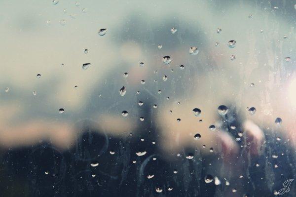 Certaines personnes ressentent la pluie. Les autres sont juste mouillés.
