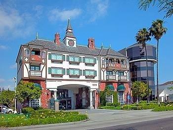 ~Anaheim Camelot Inn&Suites~