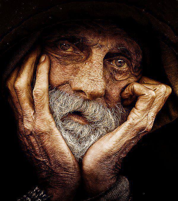 L'homme le plus heureux est celui qui n'a dans l'âme aucune trace de méchanceté