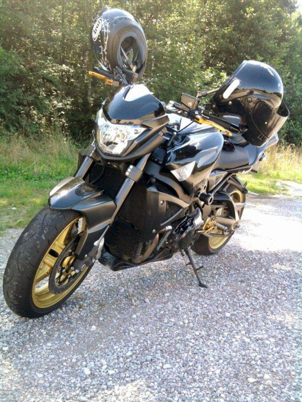 viré en moto