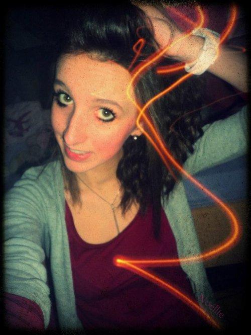 Si il y avait un seul mot pour décrire l'amour, je l'appellerais de ton prénom pour toujours ♥