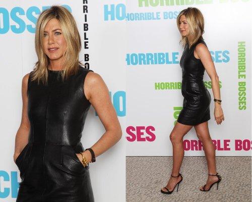 Aniston-Online J. à la Conférence de Presse à Londres pour le film Horrible Bosses