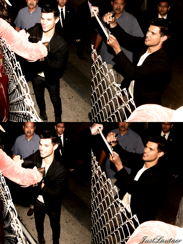 7.11- Taylor été sur le plateau du talk show Jimmy Kimmel Live pour une interview avant la sortie de 4 ° volet de la saga twilight  + 9.11- Taylor  a fait une apparition sur le plateau de Regis & Kelly pour la promo de Twilight 4 : Révélation