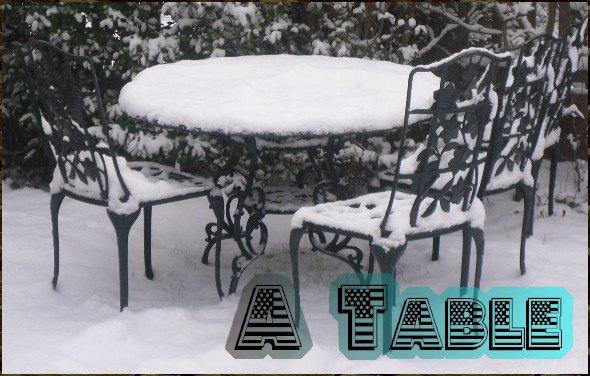Table sous la neige