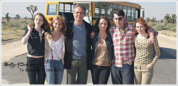 - - + - Buffy-Forever-x3 Reprend Du Service ! - - + -