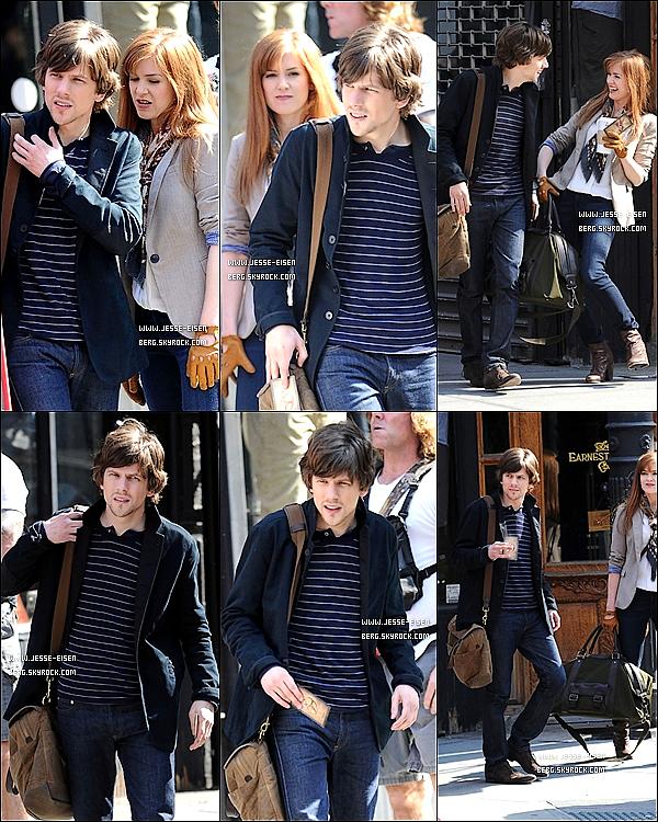 23/03/12 : Jesse se rendant sur le set de 'Now You See Me' avec sa co-star Isla Fisher à Manhattan ! Now You See Me est attendu dans les salles en Janvier 2013, pfff ..... c'est dans longtemps oulala !