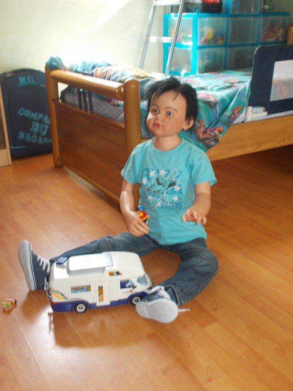 Sébastien 6 ans ,du kit Angelica pas disponible