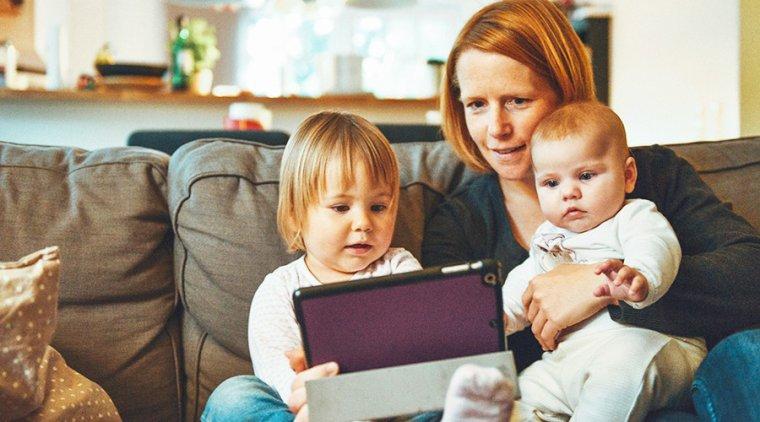 Écrans connectés : les parents s'inquiètent pour leurs enfants