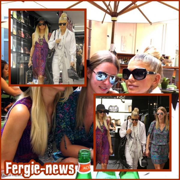 Aujourd'hui ( 25 ), Fergie a été vu à l'aéroport LAX . Elle allait à Rome , en Italie,  Chanter avec les Black Eyed Peas dans une fête de mariage privé du millionnaire Bernie Ecclestone