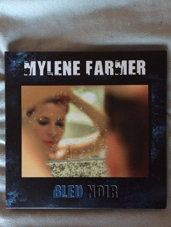 Album Bleu Noir