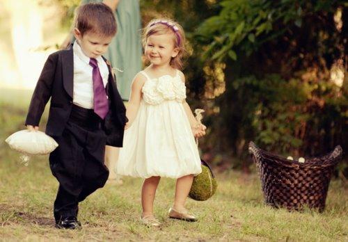 L'amour n'est pas l'amour s'il fane lorsqu'il se trouve que son objet s'éloigne ; quand la vie devient dure , quand les choses changent , le véritable amour reste inchang !!!