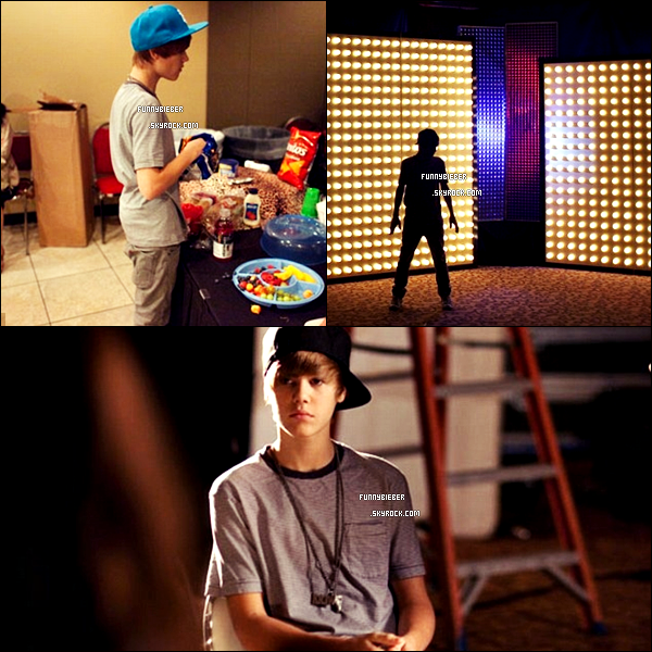 - - Photos de Justin dans les backstages du MY WORLD TOUR. - -