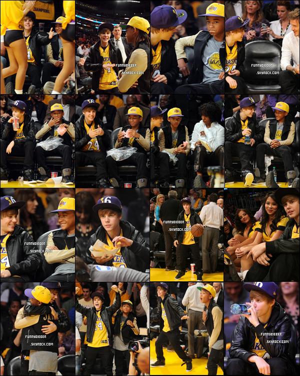 - - Justin était au Match des Lakers accompagné de son équipe, ainsi que Jaden Smith. - 26 Octobre  - -
