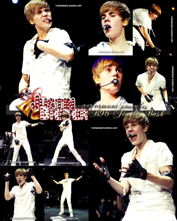 - - Vêtu que de BLANC, Justin a performé lors des B96 Jingle Bash , dans l'illinois le 11 décembre dernier.- -