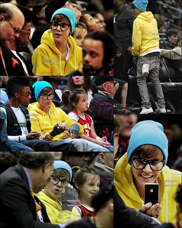 - - Justin et Lil Twist a été voir le match  de basket à Atlanta « New Orleans Hornets vs. Atlanta Hawks »  - 21 Janvier - -