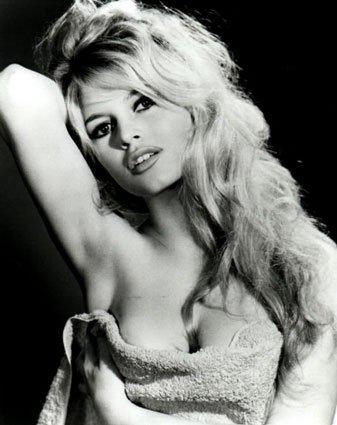 Happy Birthday to ... ... Brigitte Bardot & Hilary Duff