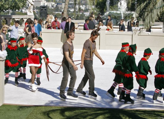 Holiday Madness Episode 3.11 Stills