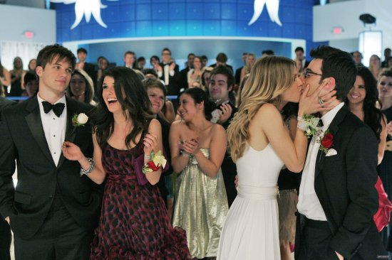 The Prom Before Strom Episode 3.21 New Stills (3)