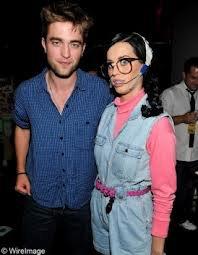 Katy Perry et Robert Pattinson : Un couple qui ne se cache plus.
