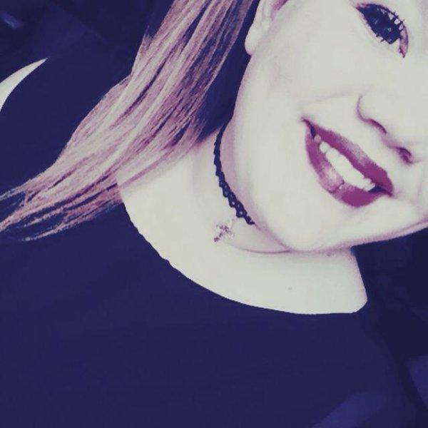 Oui , je ne suis pas parfaite mais personne n'est parfait ;-)