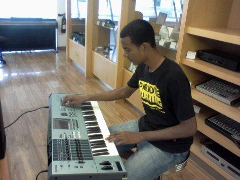 La musique Ma viie professionel MOi chris Reggae Keyboard